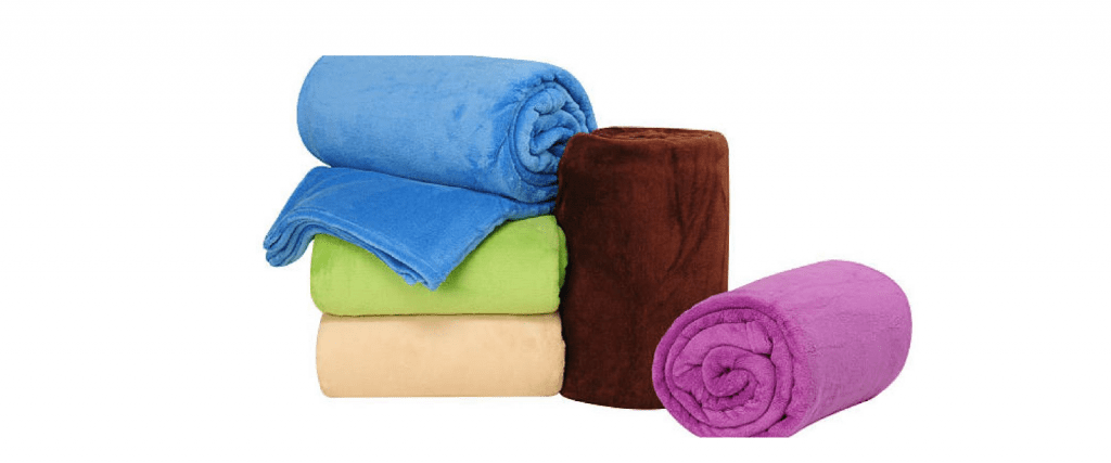 How to prepare your clothes before donating them - Seams For Dreams - 3